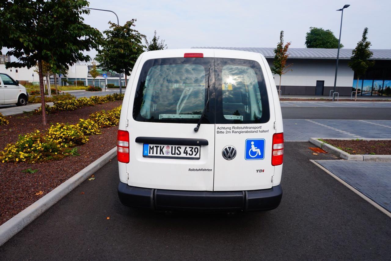 IZF Krankenfahrdienst Fahrzeug 14