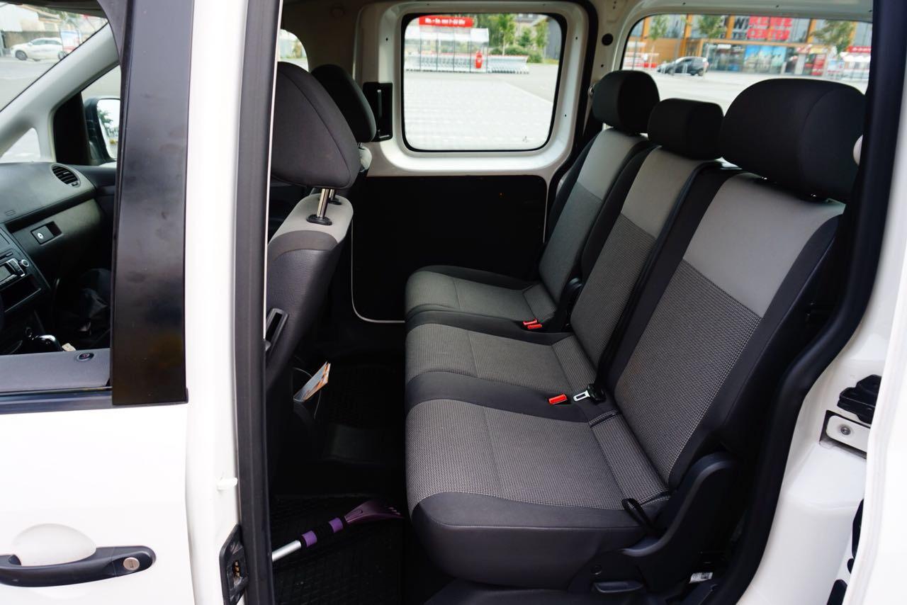 IZF Krankenfahrdienst Fahrzeug 16
