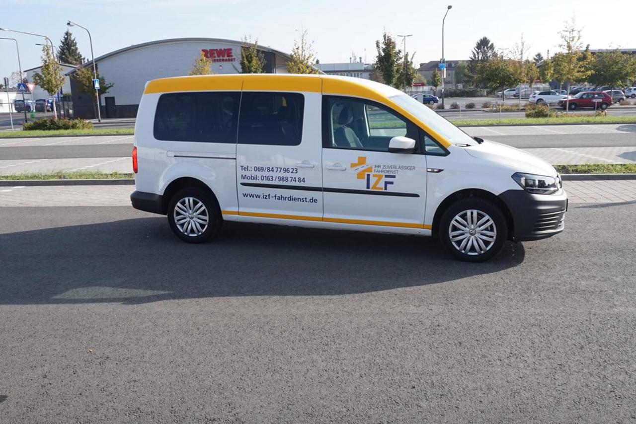 IZF Krankenfahrdienst Fahrzeug 31