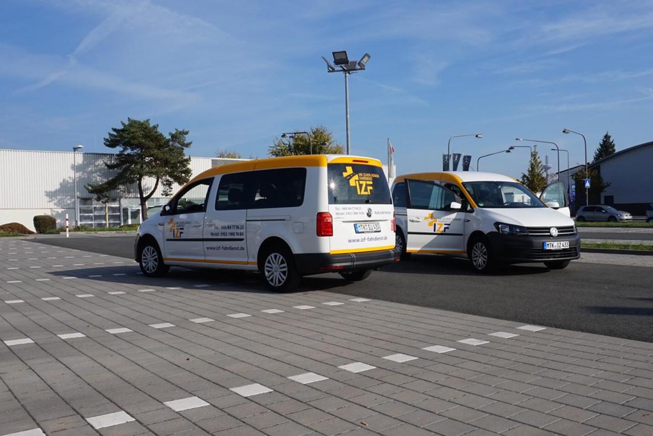 IZF Krankenfahrdienst Fahrzeug 32