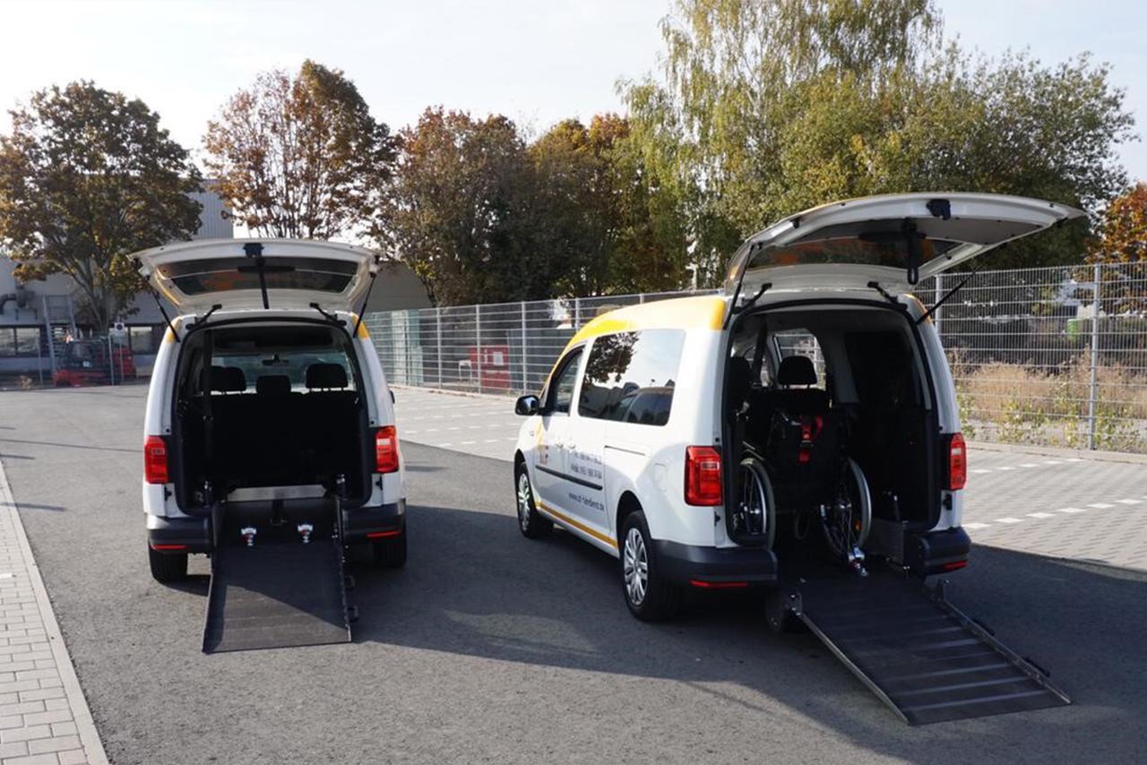 IZF Krankenfahrdienst Fahrzeug 34